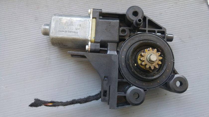 Motoras macara dreapta fata ford focus 2 0130822216 4m5t-14553