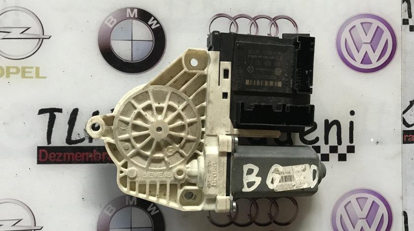 Motoras macara dreapta fata VOLKSWAGEN PASSAT B6