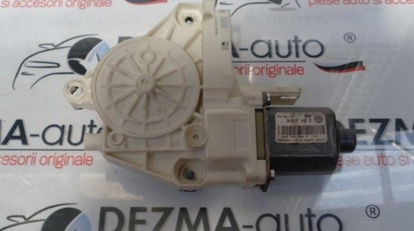 Motoras macara dreapta fata1K4837402E, Vw Golf 5 (1K1) 2003-2009 (id:218394)