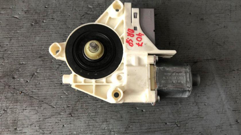 Motoras macara dreapta spate peugeot 407 9646595580