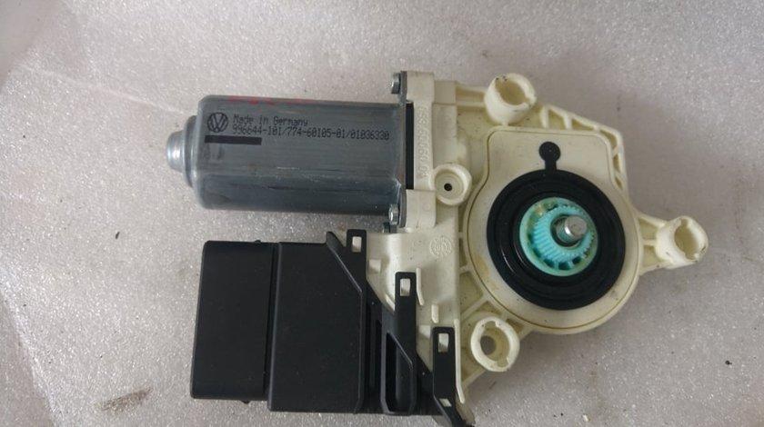 Motoras macara dreapta spate skoda octavia 2 1k0959704e