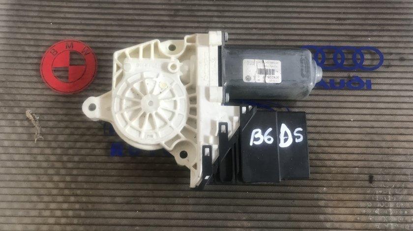 Motoras macara dreapta spate VW Passat B6 1K0 959 704