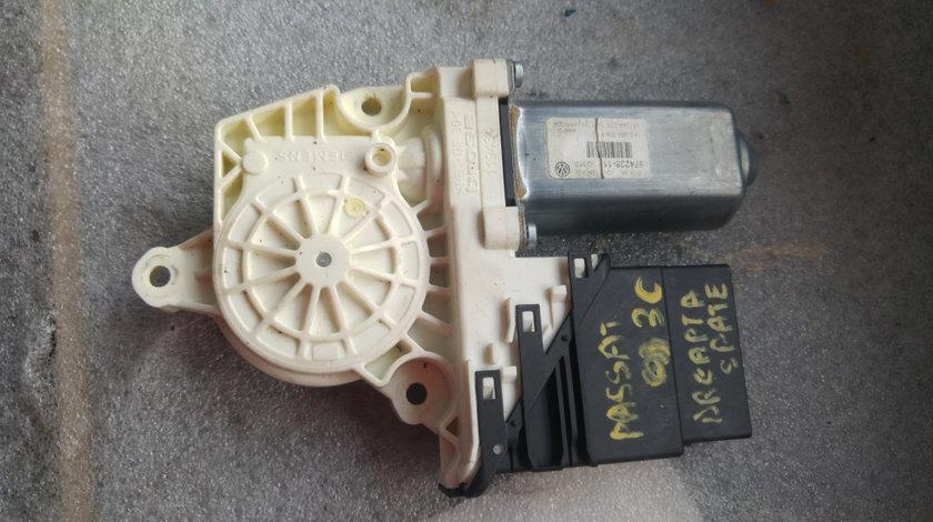 Motoras macara dreapta spate vw passat b6 3c 974228-11
