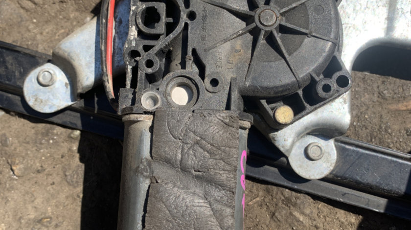 Motoras macara electrica dreapta fata Seat Cordoba Vario