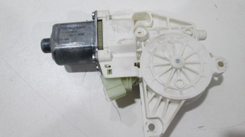 Motoras macara electrica geam stanga fata / spate Mercedes Benz E-Class W212 an 2009-2015 cod A2048200542