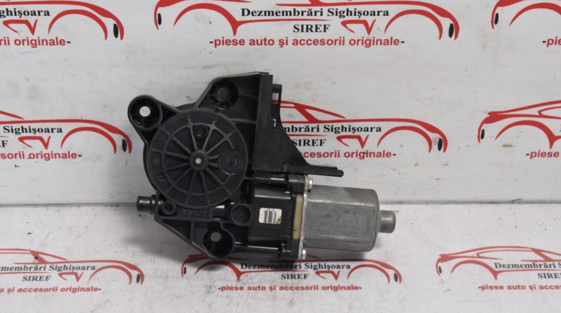 Motoras macara fata stanga Focus 2 2009 4M5T14A389 569