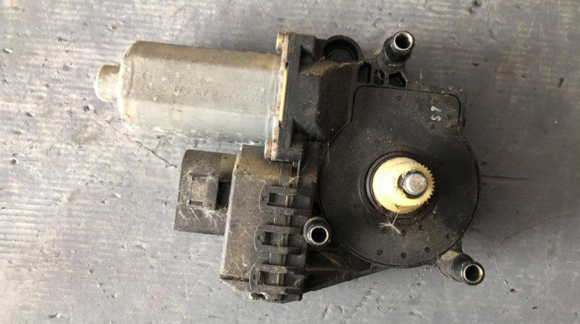 Motoras macara geam dreapta fata audi a6 c5 0130821774