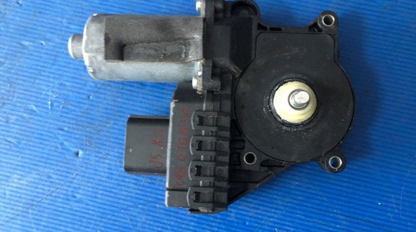 Motoras macara geam dreapta spate ford mondeo mk3 0130821772