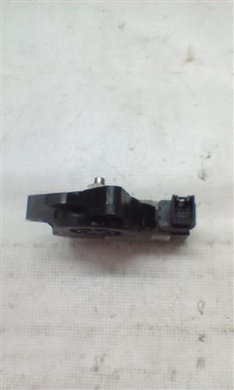 Motoras macara geam dreapta spate Mazda RX8 An 2002-2007 cod G22C5958X