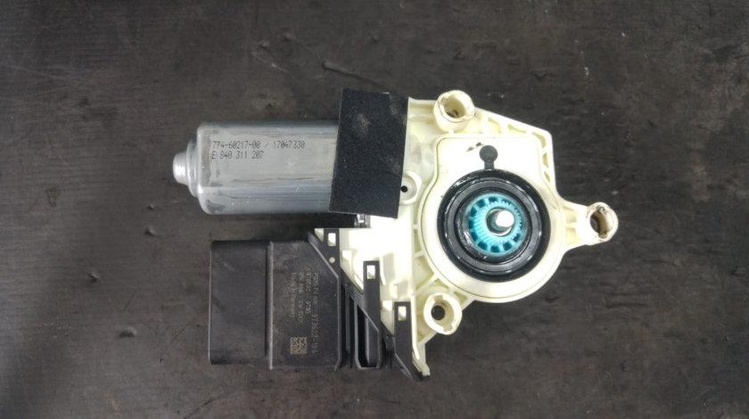Motoras macara geam dreapta spate seat altea 5p 1k0959704m