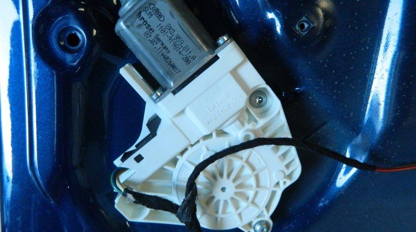 Motoras macara geam electric usa dreapta spate Audi A1 8X Sportback cod: 8K0959811A