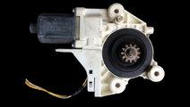 Motoras macara geam fata dreapta Ford Focus genera...