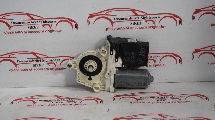 Motoras macara geam Spate Dreapta VW Golf 5 0536006001 379