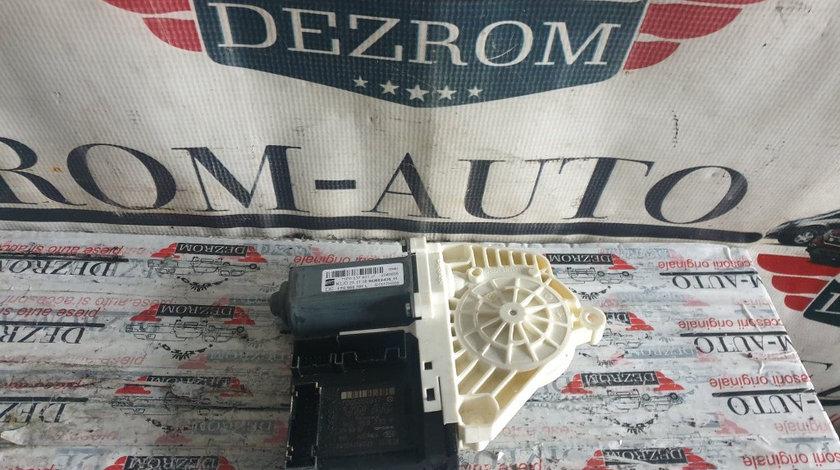 Motoras macara geam stanga fata Seat Altea 5P coduri : 1T0959701L / 1P0837401J