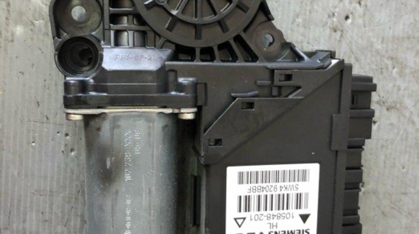 Motoras macara geam stanga spate audi a4 b7 0130821767 8e0959801e