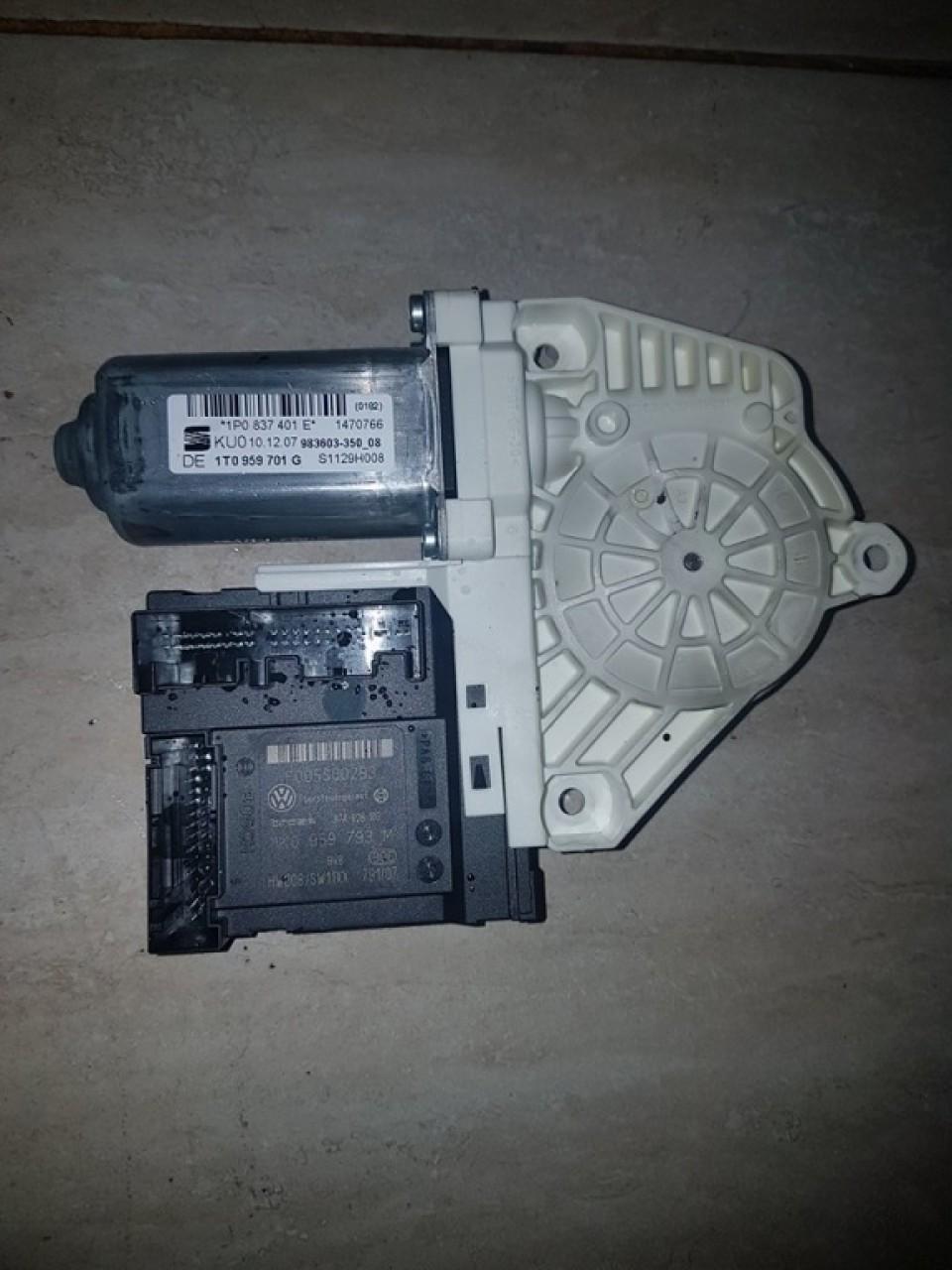 Motoras macara geam usa stanga fata 1k0959793m seat leon 1p 2005-2012