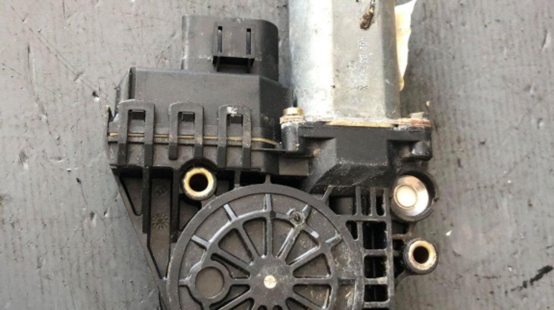 Motoras macara stanga fata audi a6 c5 volan dreapta 4b0959801e