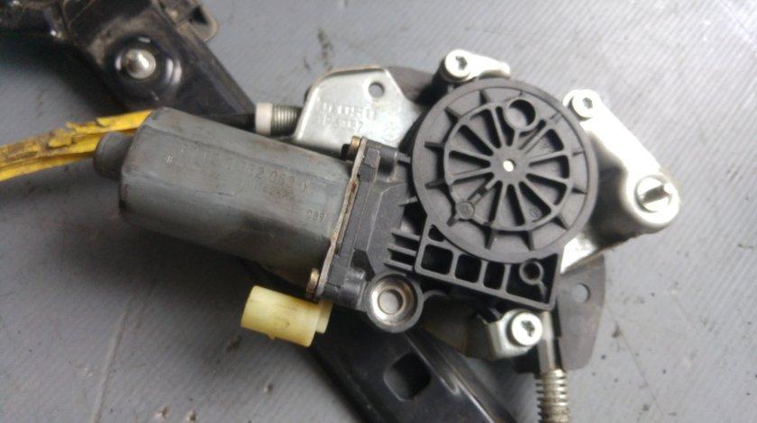 Motoras macara stanga fata bmw seria 3 e46 676283620630
