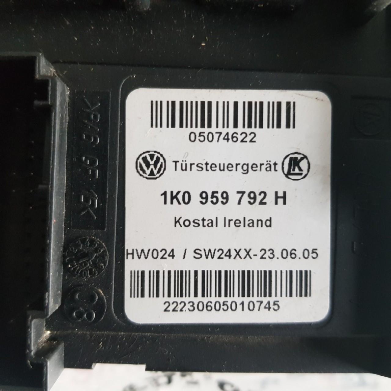 Motoras macara stanga fata Seat Toledo 1t0959702c