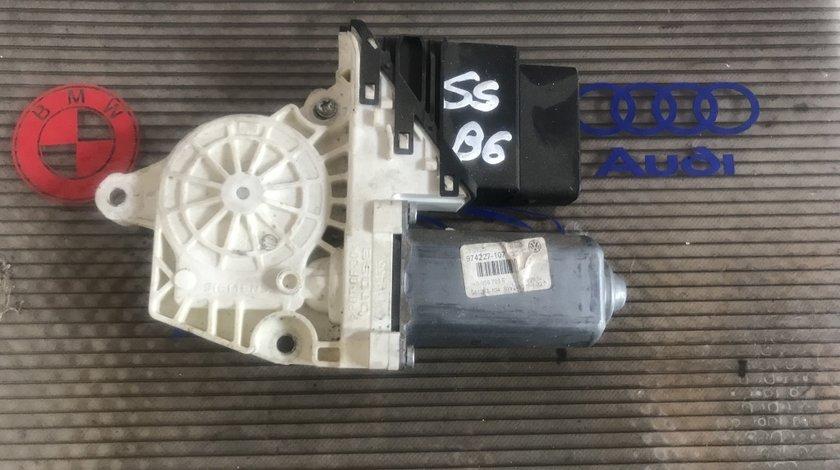 Motoras macara stanga spate VW Passat B6 1K0 959 703 F
