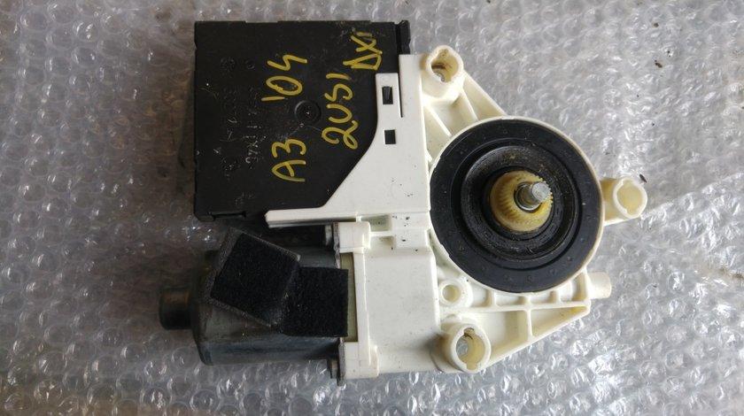 Motoras macara usa dreapta audi a3 8p 2004 8p0959802