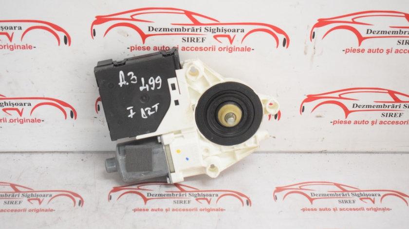Motoras macara usa dreapta Audi A3 8P 8P0959802 499