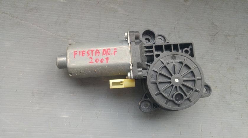 Motoras macara usa dreapta fata ford fiesta 6 0130821930