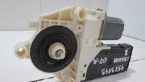 Motoras macara usa dreapta fata Laguna 3 an 2007-2...