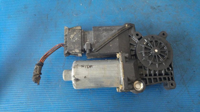 Motoras macara usa dreapta fata mercedes a-class w168 0130821698 101154300