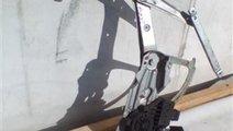 Motoras + macara usa dreapta fata Opel Astra H An ...