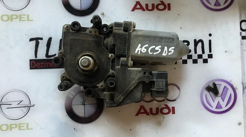 Motoras macara usa dreapta spate Audi A6 C5 break