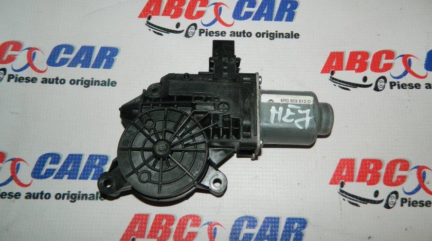Motoras macara usa dreapta spate Skoda Fabia 3 cod: 6R0959812D