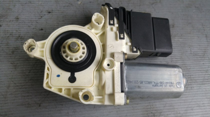 Motoras macara usa dreapta spate skoda octavia 2 1k0959704b