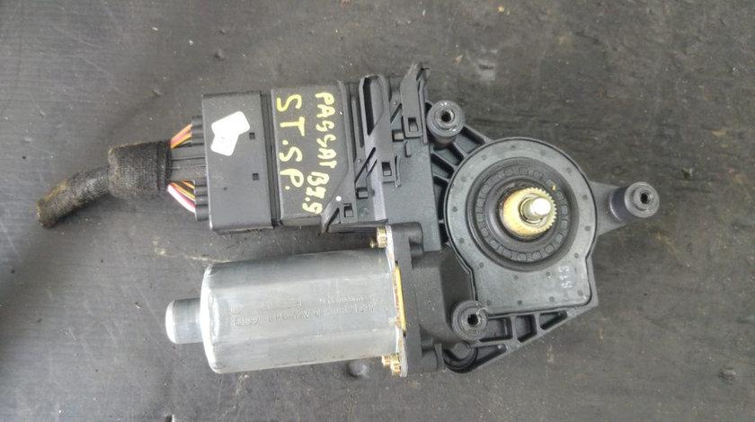 Motoras macara usa dreapta spate vw passat b5.5 1c0959811