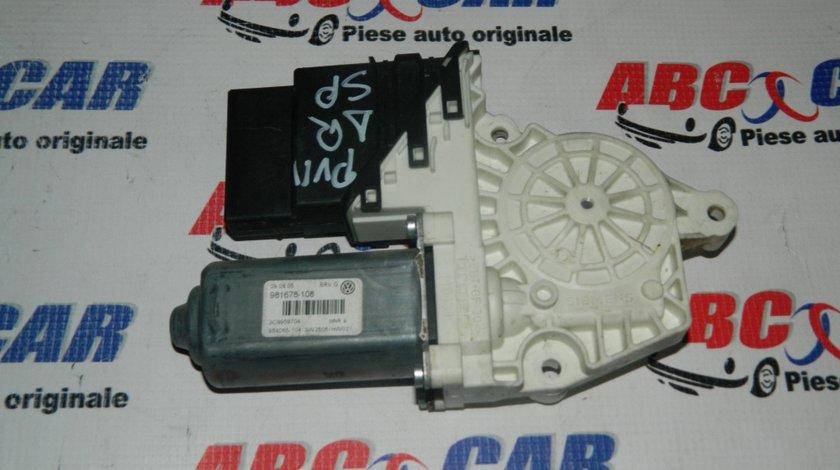 Motoras macara usa dreapta spate VW Passat B5 cod: 3C9959704