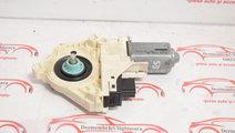 Motoras macara usa spate stanga Audi A6 4F 4F09598...