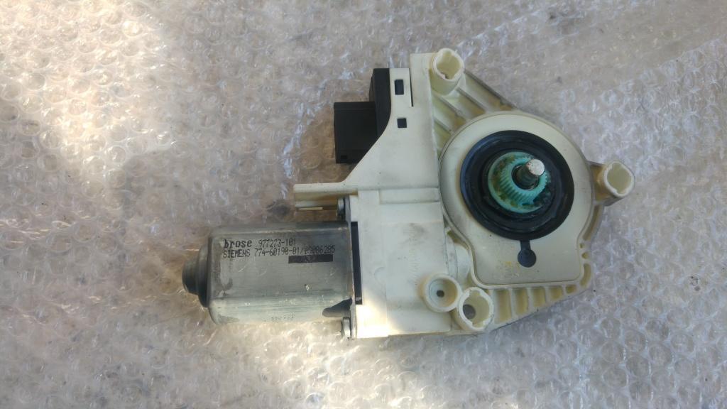 Motoras macara usa stanga fata audi a6 4f c6 3.0 tdi 4f0959801d