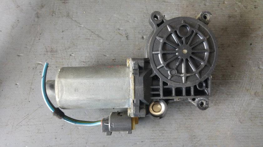 Motoras macara usa stanga fata bmw e46 320 limuzina 676283620630