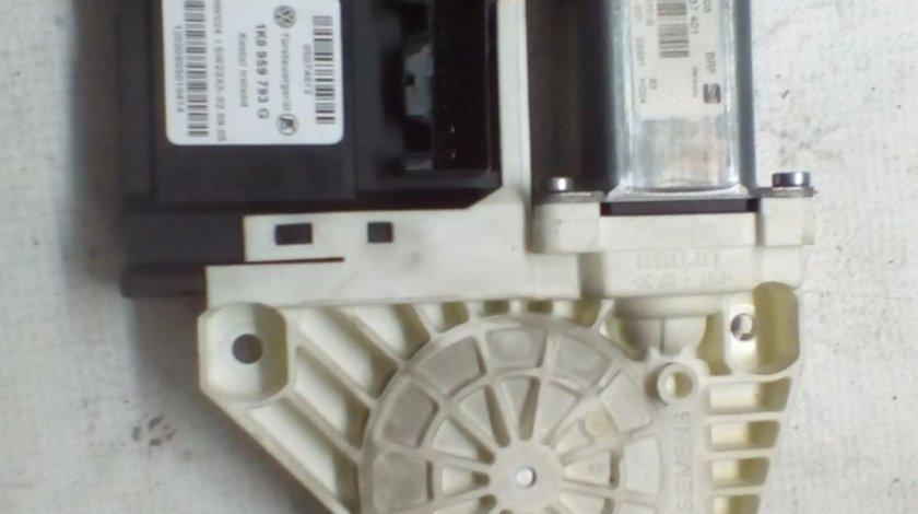 Motoras macara usa stanga fata Seat Leon An 2005-2011 cod 1P0837401