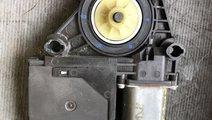 Motoras macara usa stanga fata skoda octavia 2 1t0...