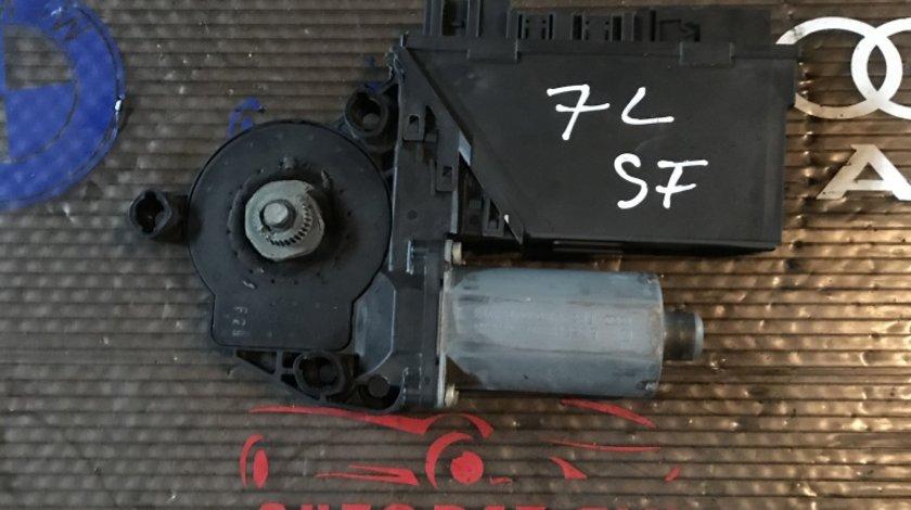 Motoras macara usa stanga fata VW Touareg 7L 2005 3D2 959 792