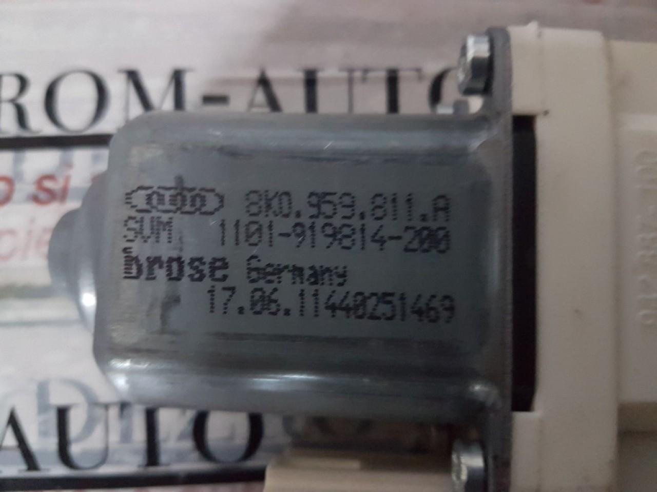 Motoras macara usa stanga spate 8K0959811A audi a1