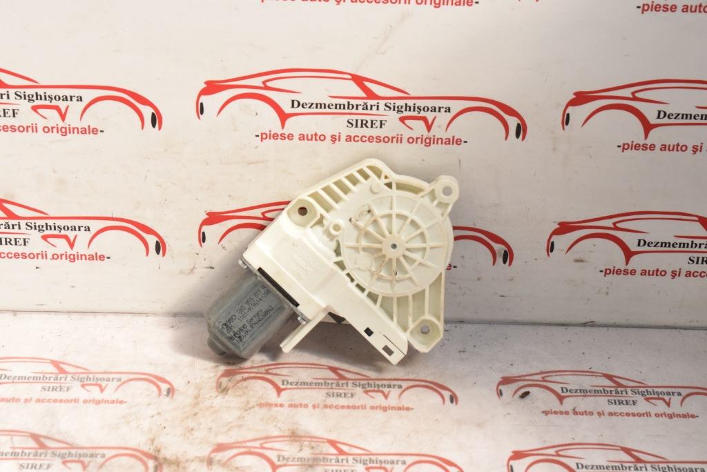 Motoras macara usa stanga spate Audi A4 B8 2009 8K0959811A 564