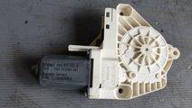 Motoras macara usa stanga spate audi a7 4g 8k09598...
