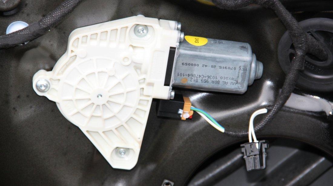 Motoras macara usa stanga spate Audi Q5 FY cod: 80A959812 mode 2018