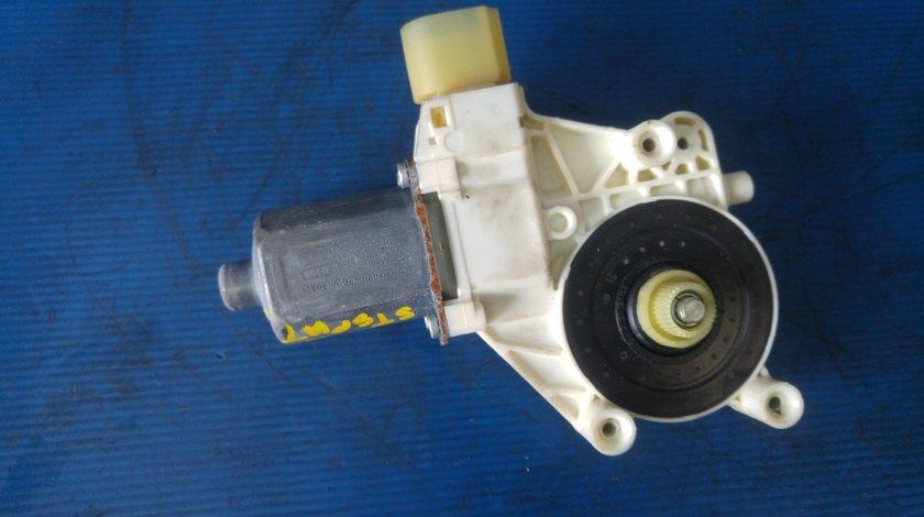 Motoras macara usa stanga spate ford mondeo 2009 6m21-14553-b 0130822286