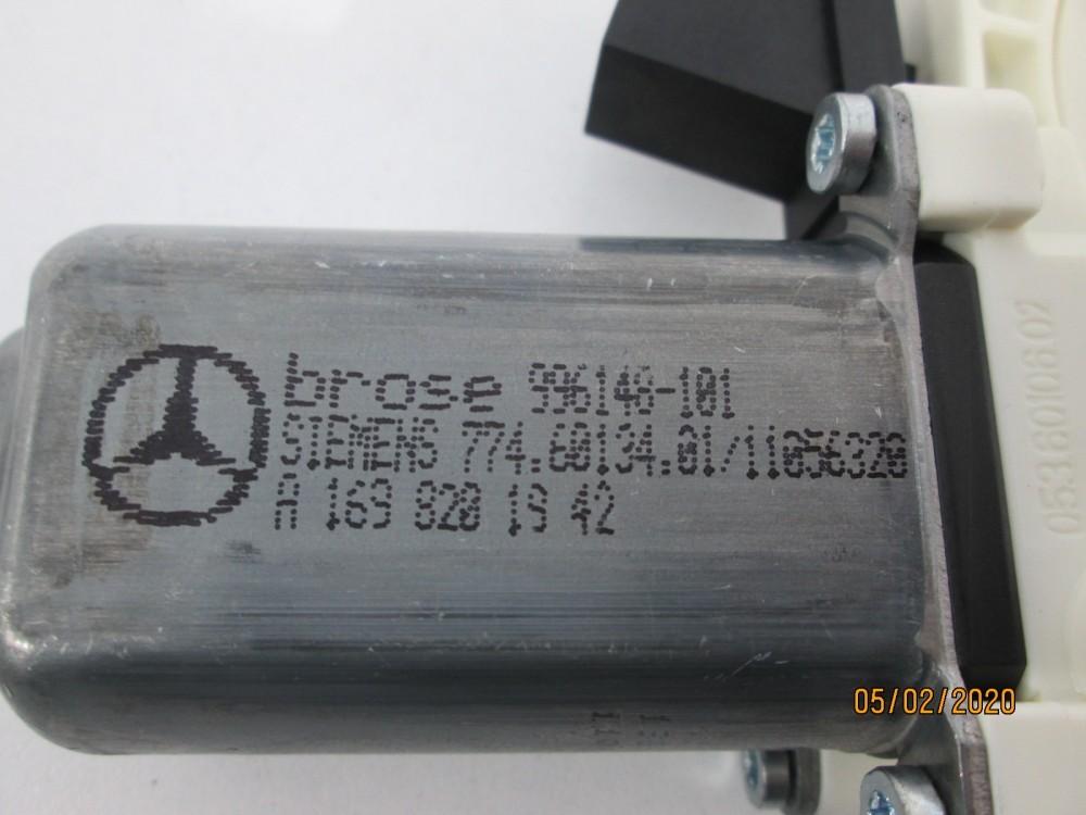 Motoras macara usa stanga spate Mercedes A-Class W169 B-Class W245 cod 1698201942