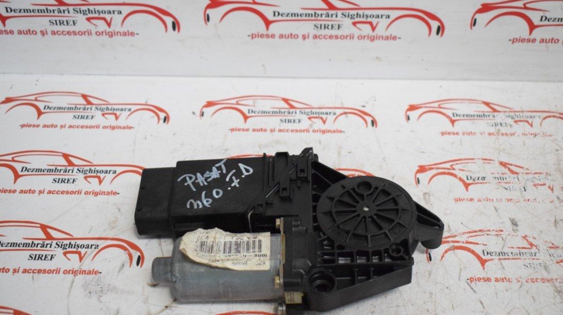 Motoras modul macara fata dreapta 105415301 VW Passat B5 360
