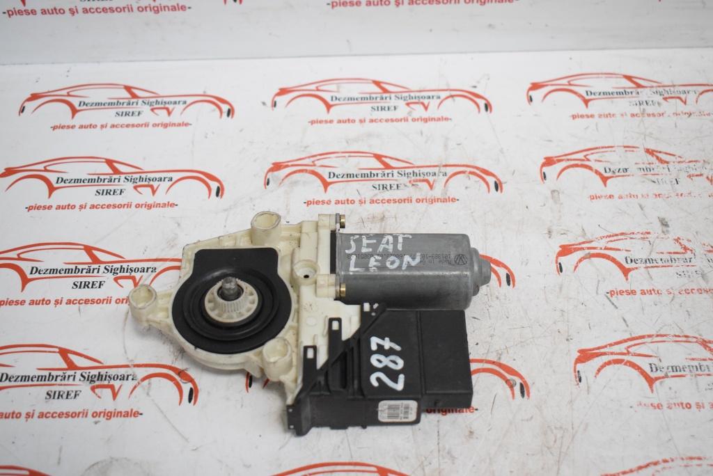 Motoras modul macara stanga spate 105406301 Seat Leon 287