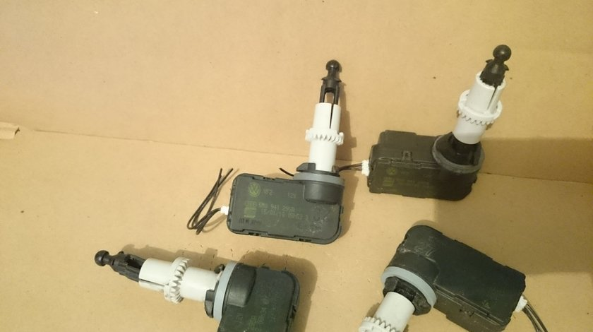 Motoras reglare far VW Golf 6, PLUS, Scirocco cod 5M0941295A